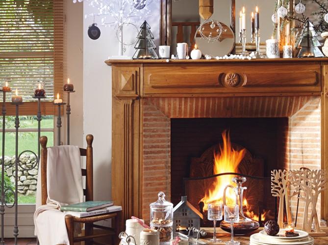D corez la chemin e pour plus d ambiance de no l f te de for Decoration cheminee pour noel
